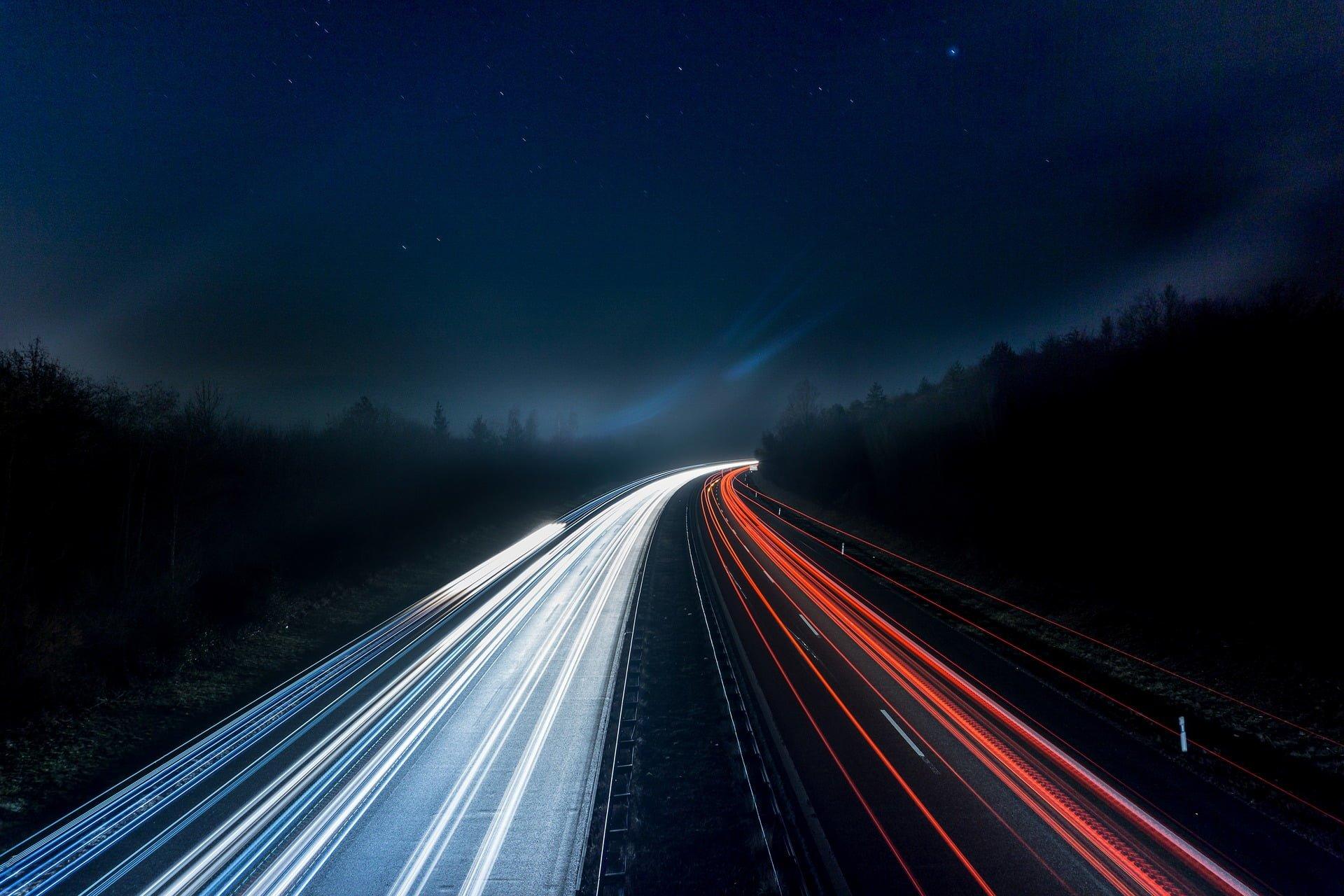 Kara za przekroczenie prędkości. Kiedy zabiorą Ci prawo jazdy?