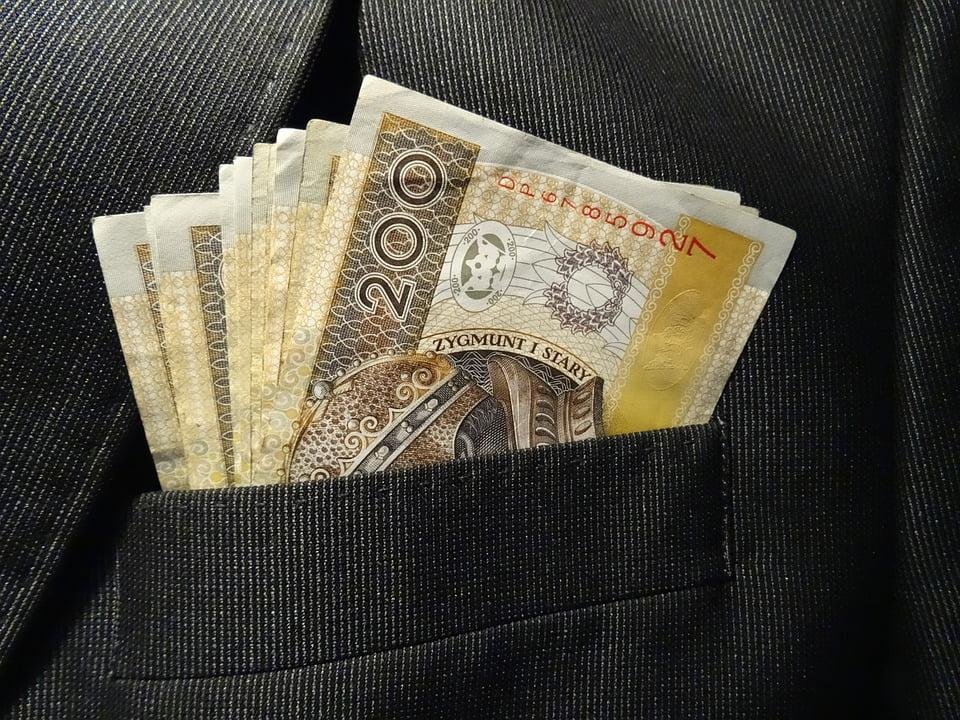 Obowiązek pełnomocnika strony w sytuacji oddalenia wniosku o zwolnienie od kosztów sądowych
