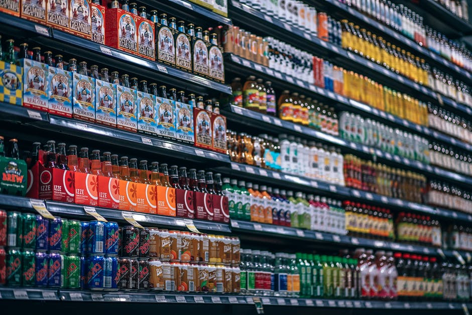 Fotografowanie cen w sklepach – czy można robić zdjęcia cen i produktów?