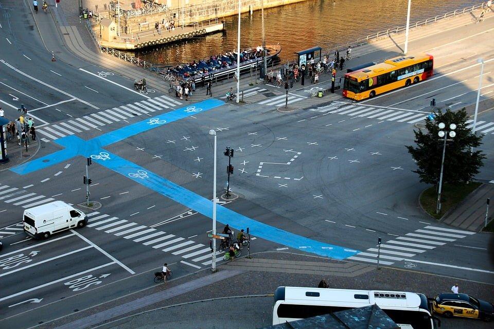 Jak zachować się na przejściu dla pieszych?