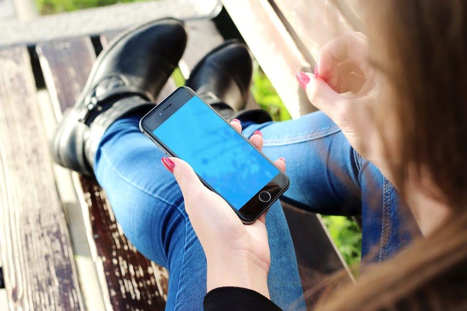 Nowelizacja Prawa telekomunikacyjnego ochroni przed niechcianymi sms-ami