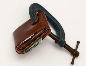 Ogłoszenie upadłości konsumenckiej – co to jest i co zrobić dalej?