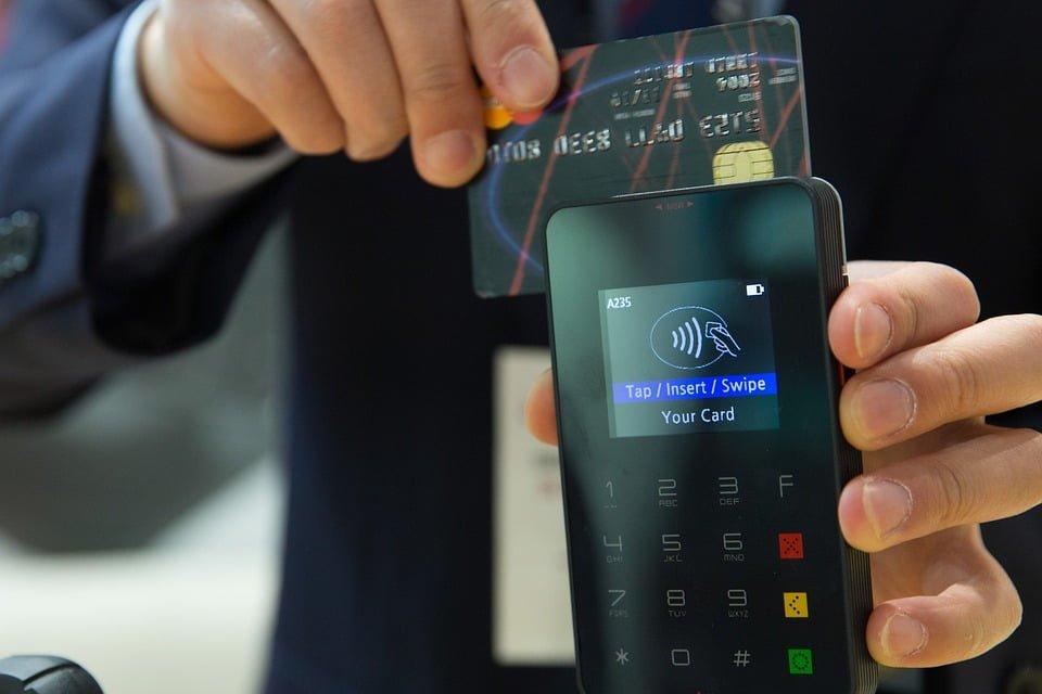 Zablokowanie karty kredytowej przez bank