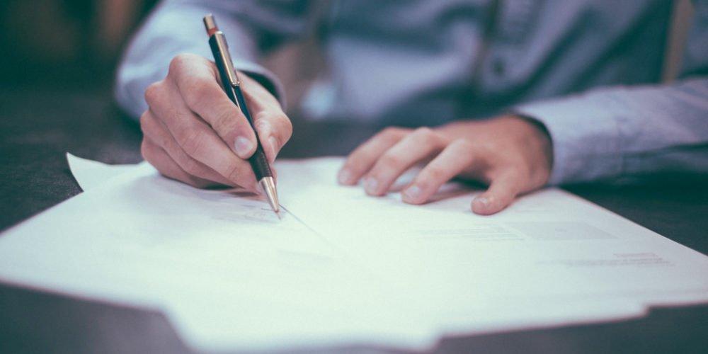 Jak samodzielnie napisać pozew o zapłatę – zbiór zasad
