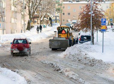Oblodzone przejście dla pieszych - kto jest odpowiedzialny za wypadek
