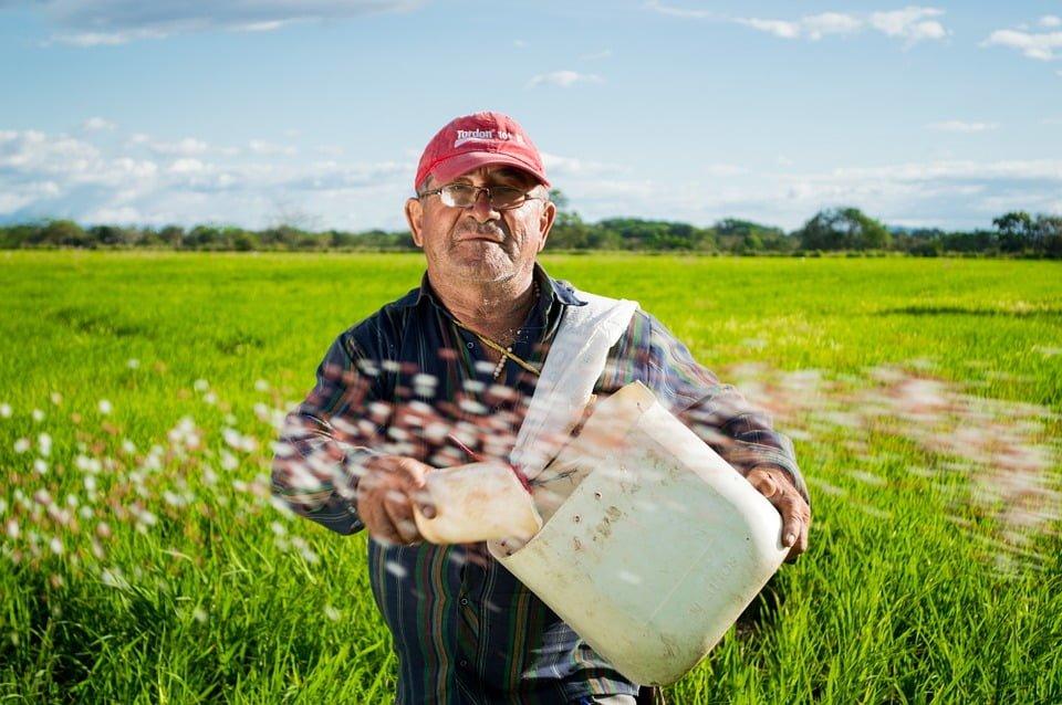 Zadłużeni rolnicy pod opieką ustawodawcy