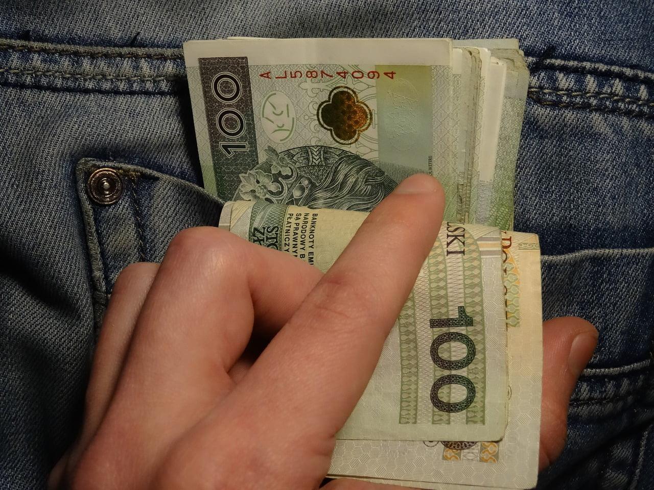 Wprowadzenie w błąd banku w celu uzyskania kredytu