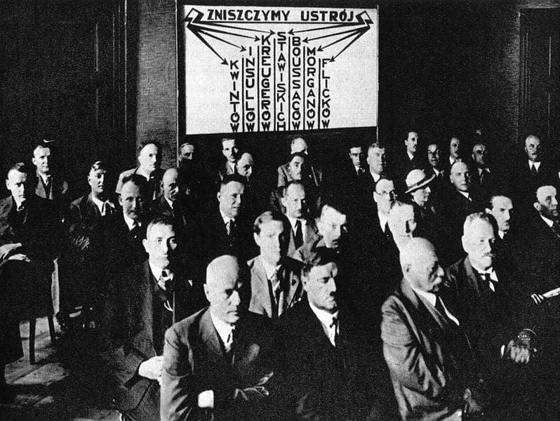 Zwolnienia grupowe z udziałem związków zawodowych