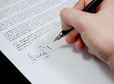 Jak napisać oświadczenie o odstąpieniu od umowy zawartej na odległość?