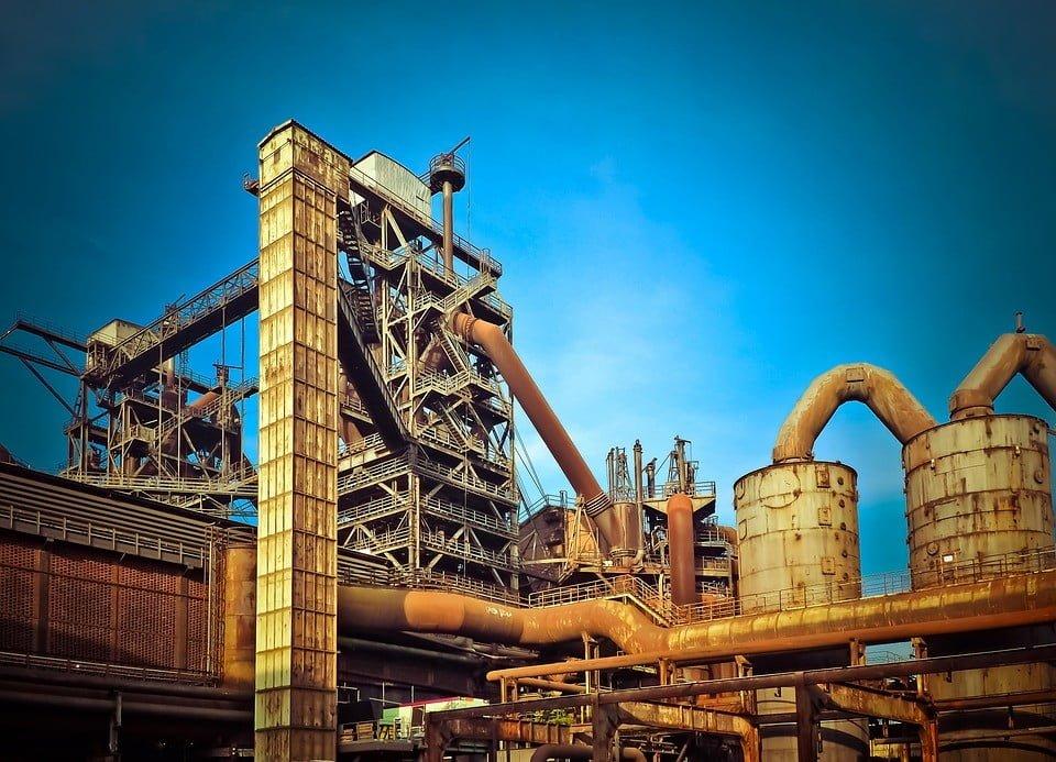 Problematyka wariantów realizacji przedsięwzięcia zawartych w raporcie oddziaływania przedsięwzięcia na środowisko