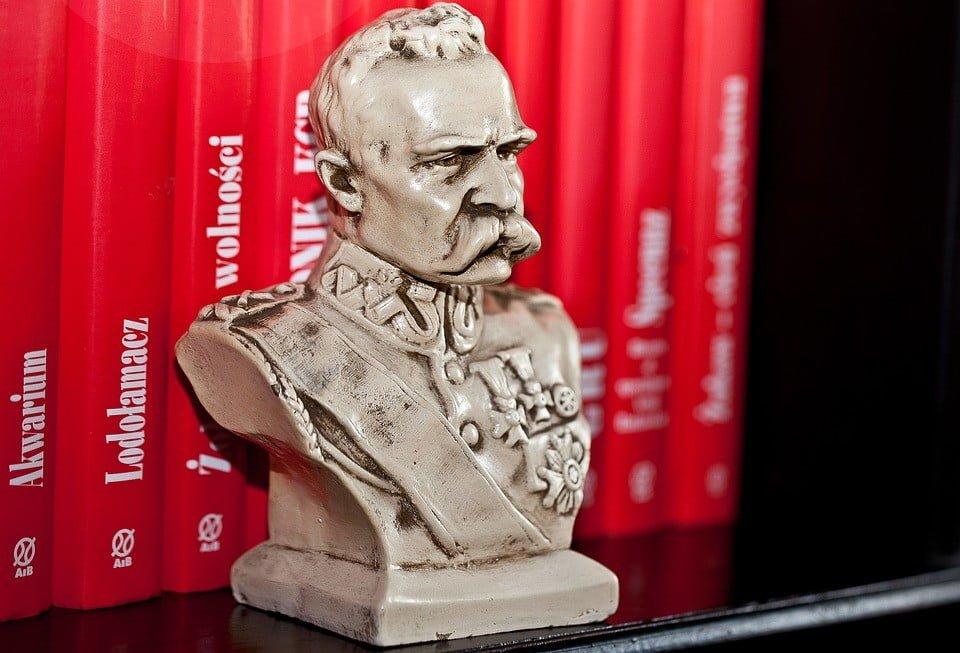 Co stało się rok po odzyskaniu niepodległości przez Polskę?
