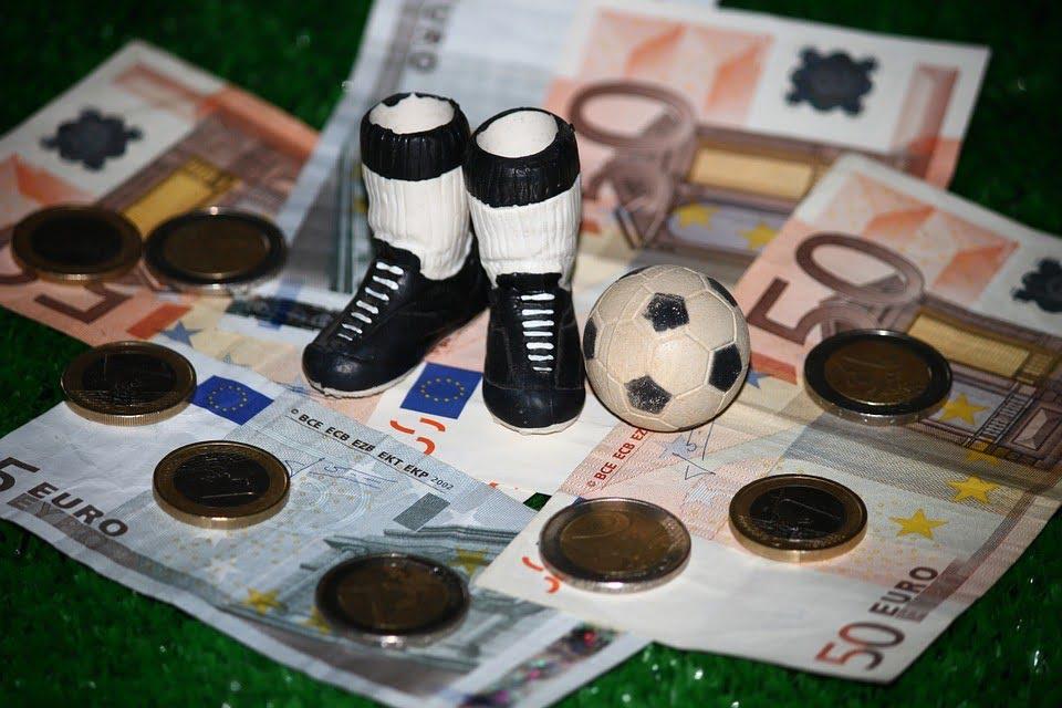 Czy wielkie kluby zniszczą dotychczasowy ład w Europejskiej piłce?