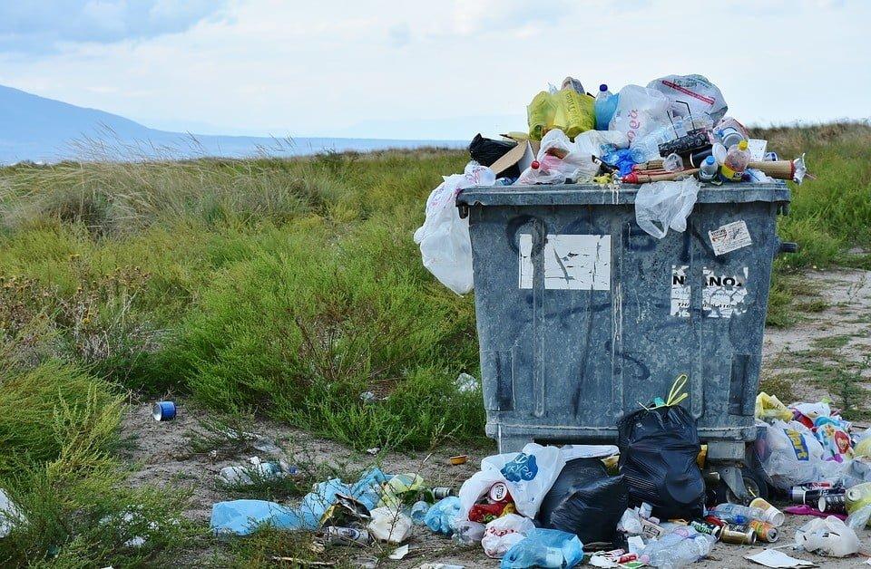 Obalenie domniemania, iż władający powierzchnią ziemi jest posiadaczem odpadów znajdujących się na nieruchomości