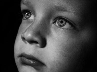 Porwanie dziecka przez nieuprawnionego rodzica. Jak je odzyskać?