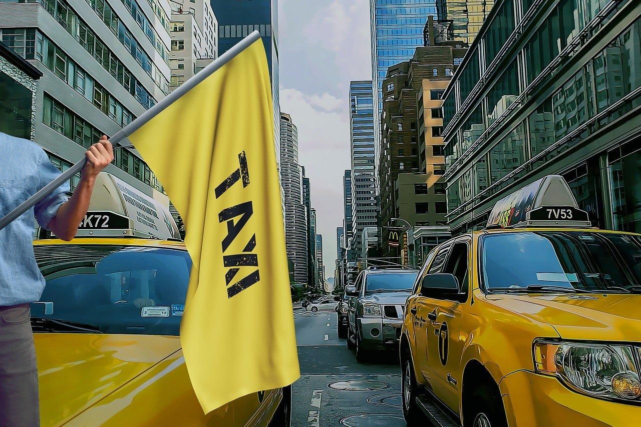 Warszawscy kierowcy uważajcie! W środę protest taksówkarzy!
