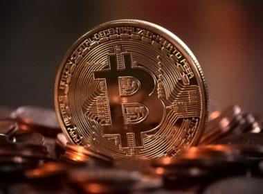 Co prawo mówi o bitcoinie?