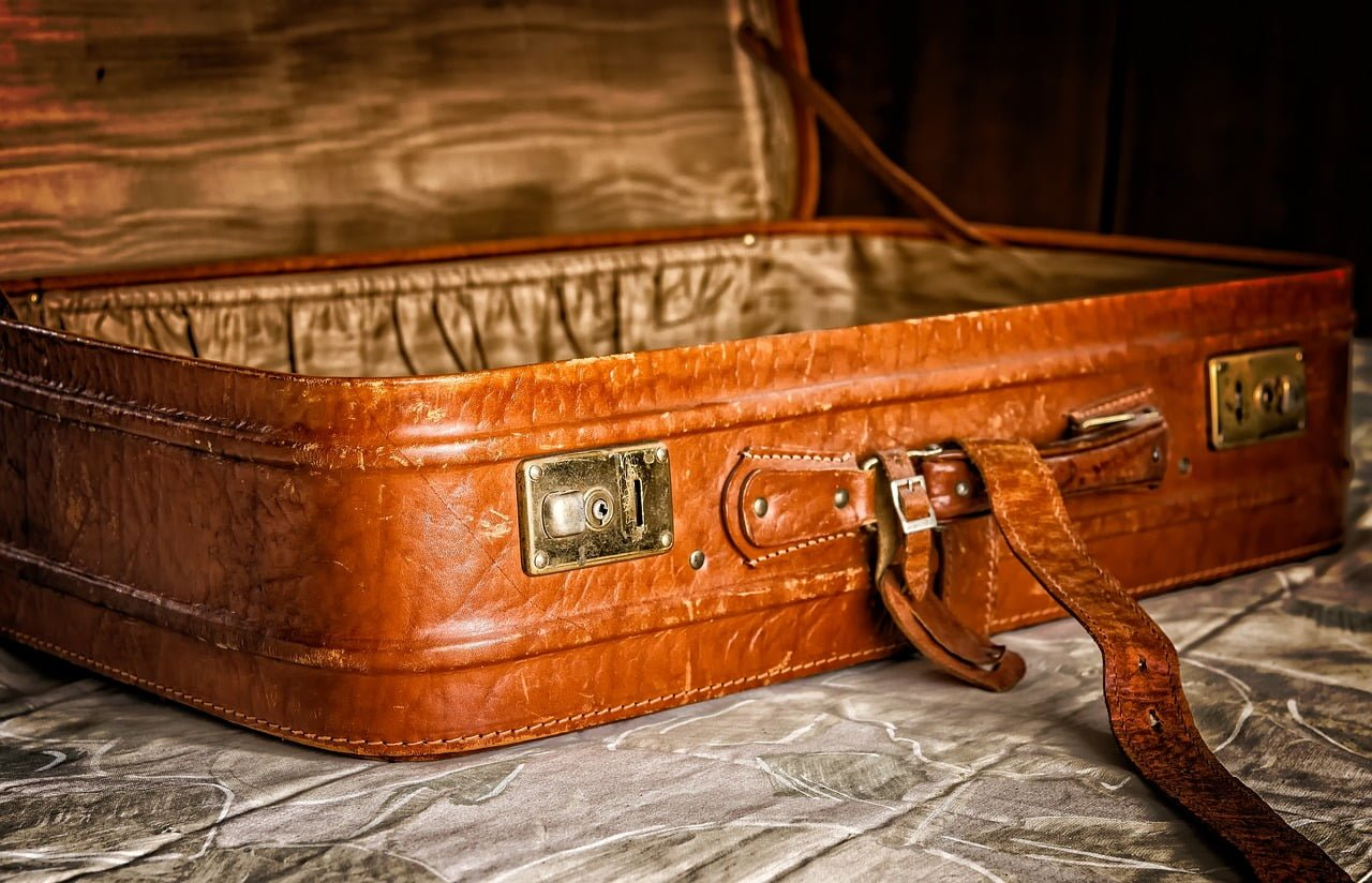 Katerina Laktionowa - Historia o anoreksji, zwłokach w walizce i strasznej żałobie
