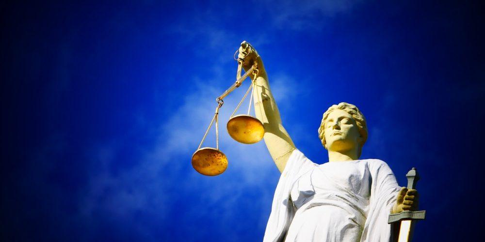 Prawo do poszanowania życia rodzinnego i osobistego