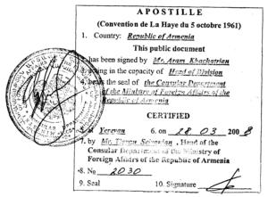 Klauzula apostille – jak legalnie posługiwać się zagranicznymi dokumentami w kraju?