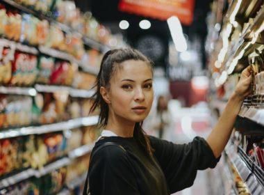 Handel w niedzielę - zawsze możliwy dla sklepów z agencją pocztową