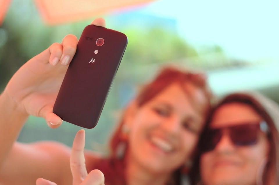 Mam dobry aparat w smartfonie – czyli kiedy mogę wrzucić zdjęcie z inną osobą i o co chodzi z tym rozpowszechnianiem wizerunku?