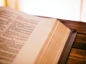 RPO: Zwiększyć ochronę prawną tajemnicy tłumaczy