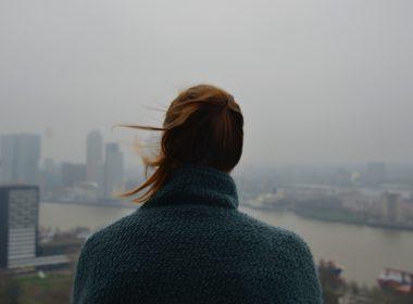 NSA: Krakowska uchwała anstysmogowa zgodna z prawem. Czy to koniec palenia w kominku?