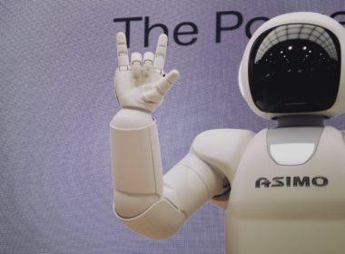 Sztuczna inteligencja - czy rzeczywiście nam zagraża?