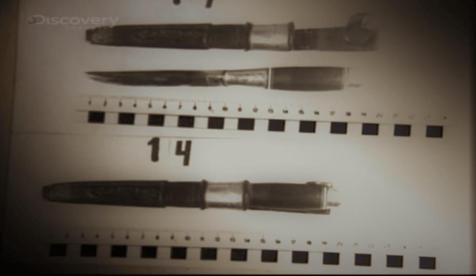 Noże skonfiskowane z miejsca zamieszkania Karola Kota (screenshot - Discovery/YouTube)