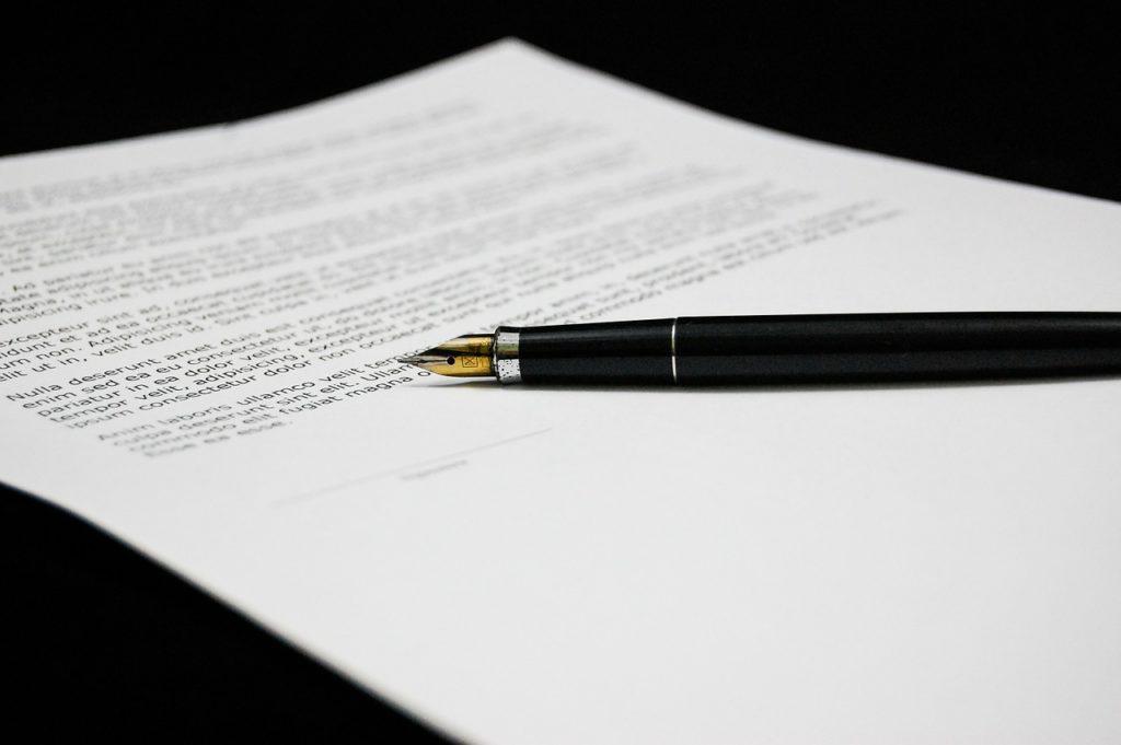 Umowa sprzedaży – forma ochrony konsumenta