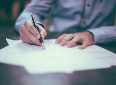 Jak napisać umowę sprzedaży?