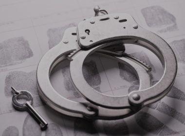 Akt oskarżenia - cechy, pojęcie, funkcja. Encyklopedia Prawa