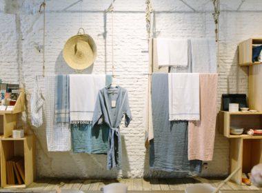 Inspekcja Handlowa kontroluje ubrania, ręczniki i stroje kąpielowe