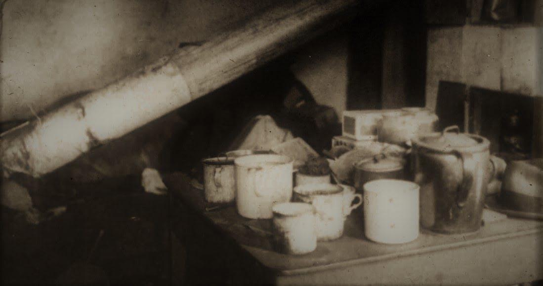 """Karl Denke (na zdjęciu: """"przetwory"""" Karla Denkego)"""