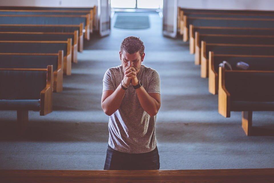 Praktyki religijne w szpitalu a naruszenie dóbr osobistych