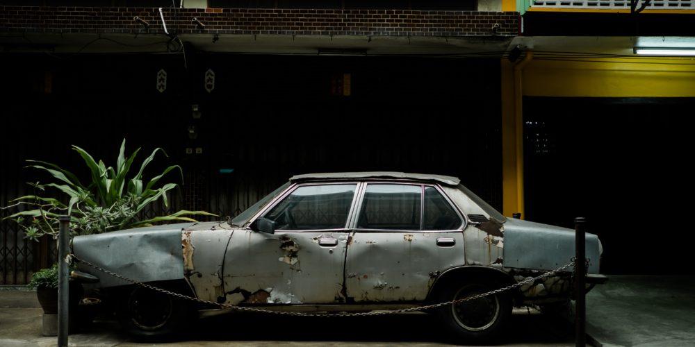 Samochód bezwypadkowy, stan igła – co to tak naprawdę oznacza?