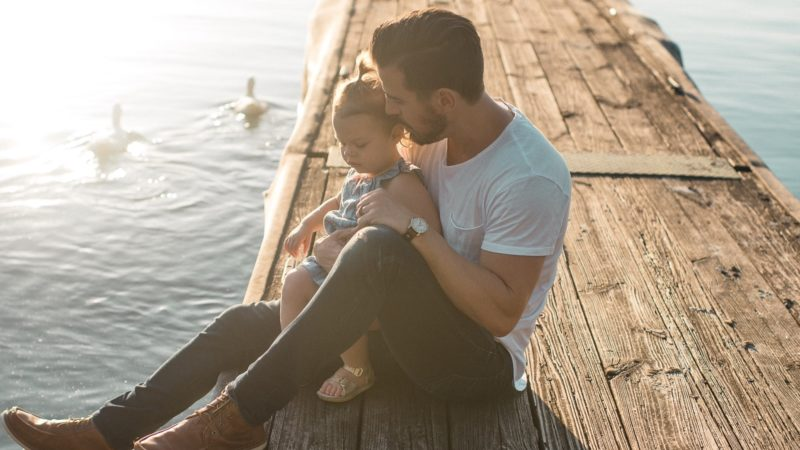 Utrudnianie kontaktu z dzieckiem. Jakie roszczenia przysługują rodzicowi?