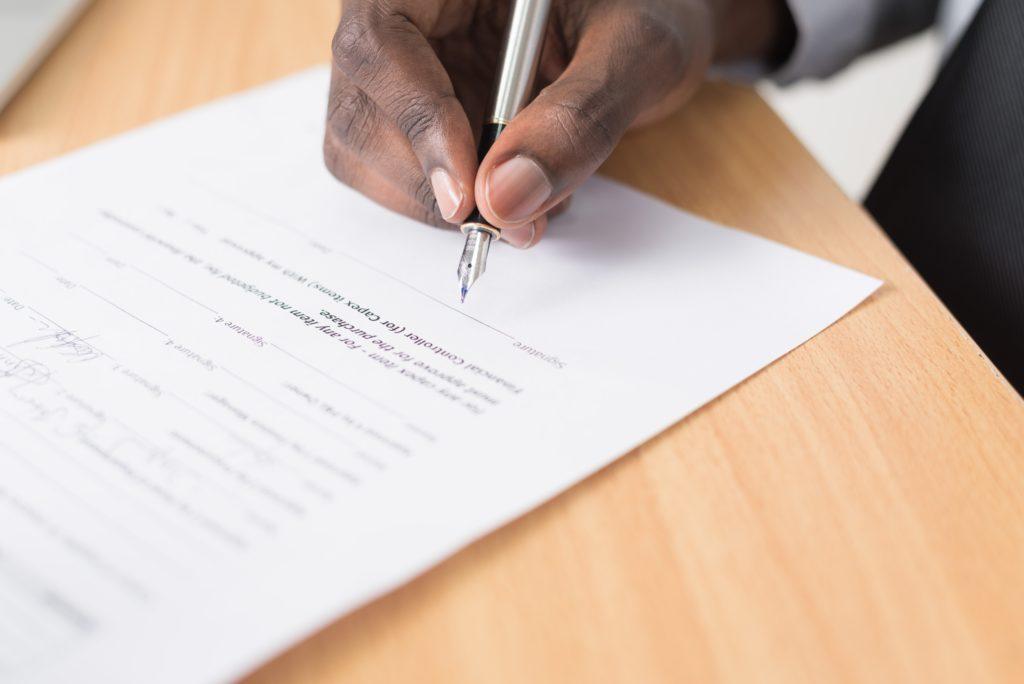 Jak poprawnie napisać umowę o dzieło?