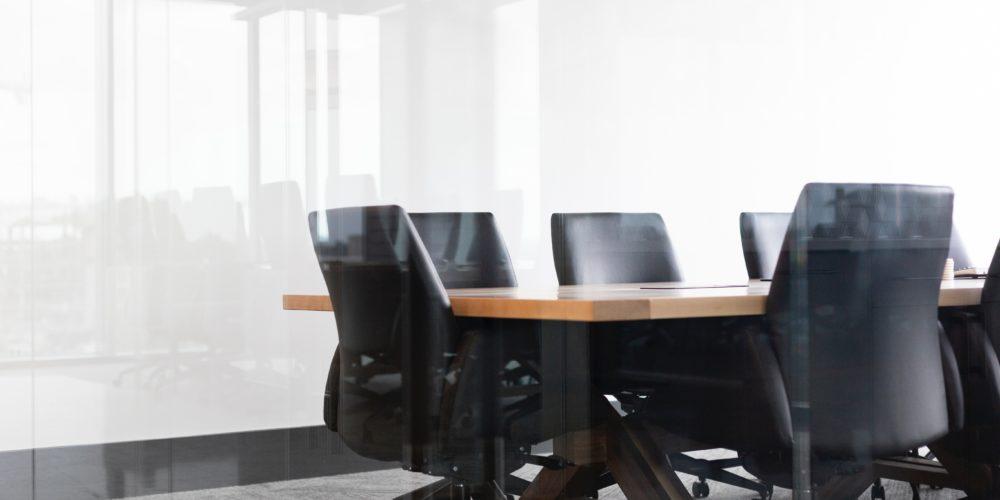 Umowa zbycia udziałów w spółce z o.o. Wzór umowy zbycia udziałów w spółce z o.o. - Generator Umów