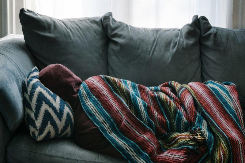 Czy pracodawca może wypowiedzieć umowę o pracę z powodu choroby?