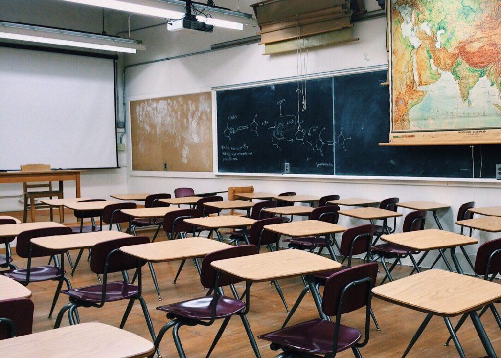Pobicie ucznia przez nauczyciela