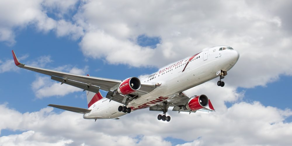 Odszkodowanie za opóźniony lot wskutek wycieku paliwa – wyrok TSUE