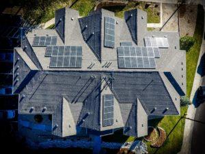 Dopłaty do paneli słonecznych. Jak złożyć wniosek?