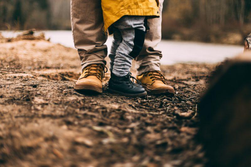 Jakie uprawnienia ma rodzic z ograniczoną władzą rodzicielską?