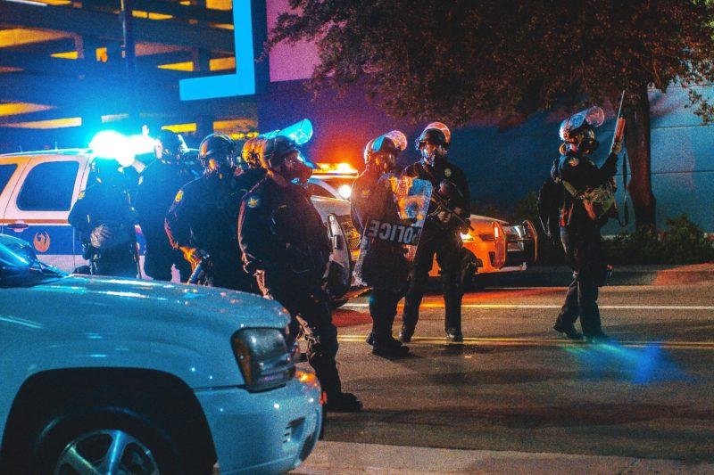 Kiedy policja ma prawo strzelać?