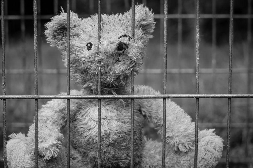 Widzenie w zakładzie karnym - jakie zasady obowiązują?