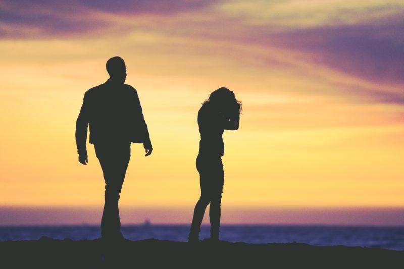 Zmiana nazwiska własnego i dzieci po rozwodzie. Lepiej się pospieszyć!