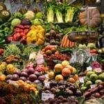 Kontrola owoców i warzyw w polskich sklepach – skąd pochodzą?