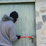 Kiedy kradzież jest przestępstwem, a kiedy wykroczeniem?