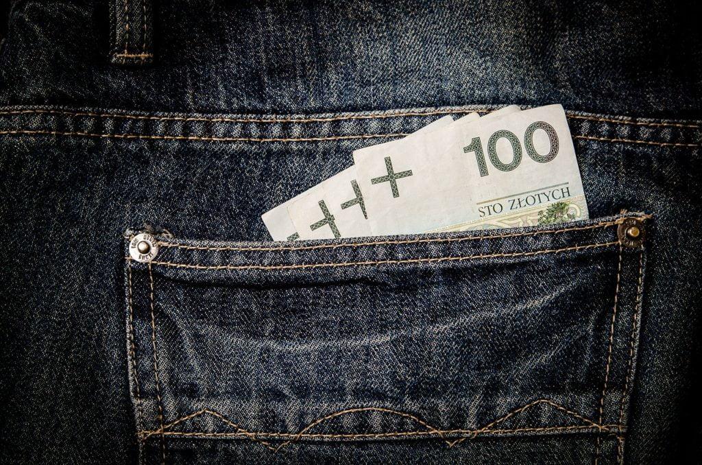 Na czym polega pranie brudnych pieniędzy?